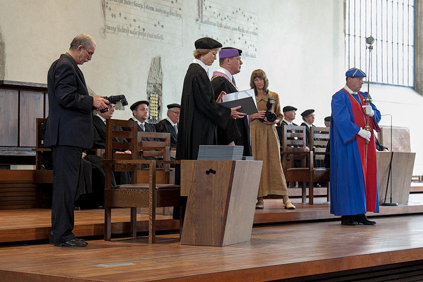 Вручение дипломов в Высшей школы химической технологии в Праге (ВШХТ в Праге) в Вифлеемской часовне / Promoce na Vysoké škole chemicko-technologické v Praze (VŠCHT v Praze) v Betlémské kapli